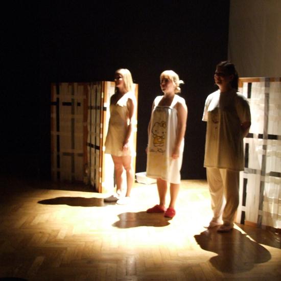 Divadlo TUŠ - Žena cez palubu (SK)